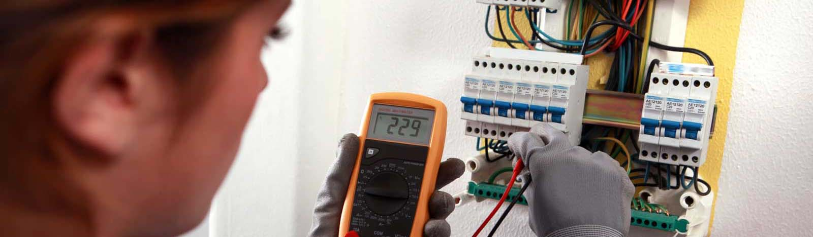 Qualified Licensed Residential and Commercial Electricians